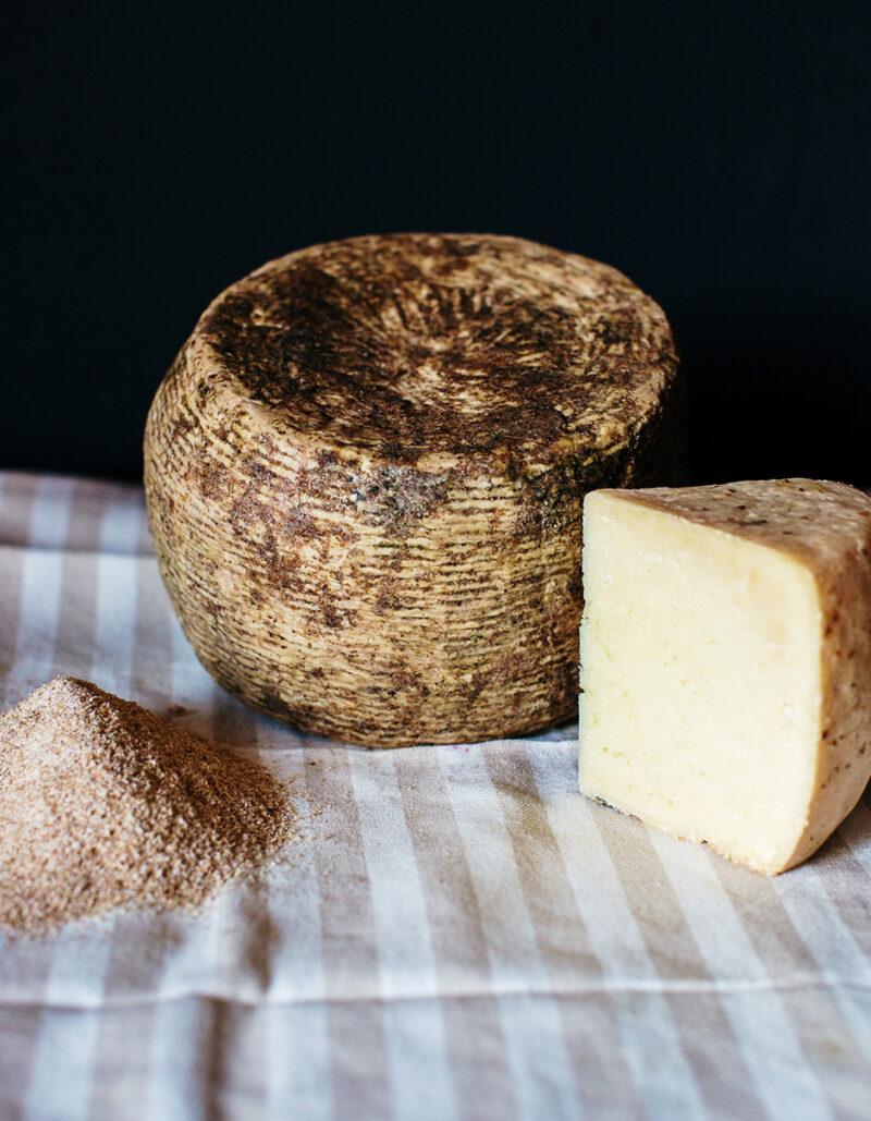 Brigantaccio formaggio Gregorio Rotolo